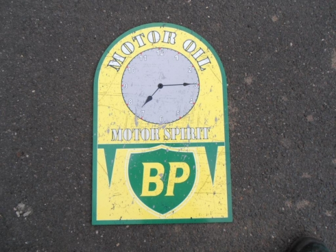 BP Service Station Clock