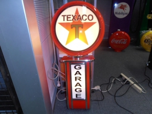Texaco Garage Light Up Wall Mount Globe