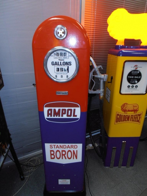 Ampol 50's Era Round Top Petrol Bowser