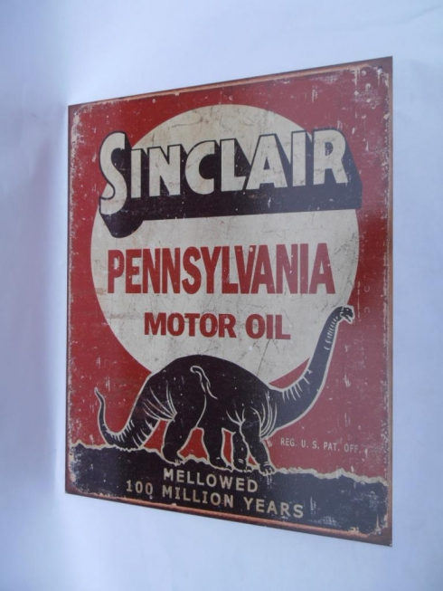 Sinclair Petrolania Tin Sign