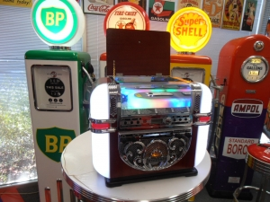 Berlin Tabletop CD USB Jukebox Unit